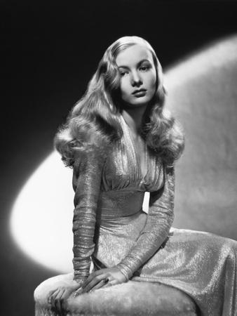 Veronica Lake, This Gun for Hire, 1942--Photographic Print