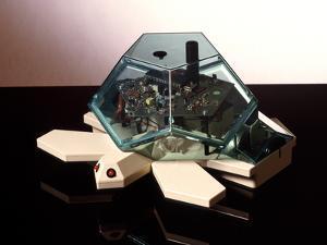 Turtle Robot by Victor De Schwanberg