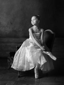 Little ballet star by Victoria Ivanova