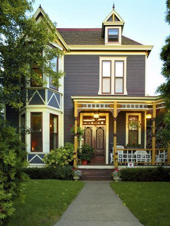 https://imgc.artprintimages.com/img/print/victorian-style-home_u-l-q10s9by0.jpg?p=0