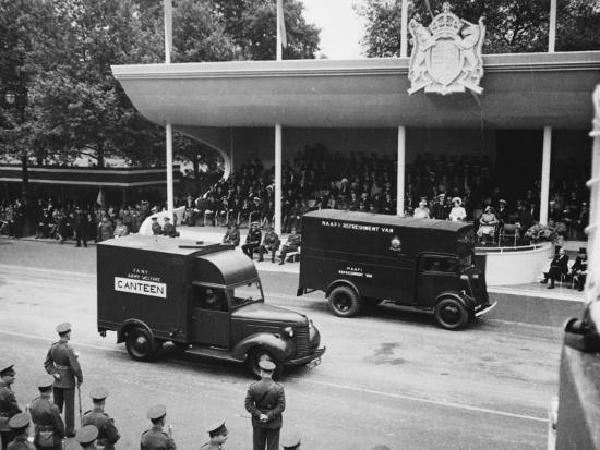 Victory Day Parade--Photographic Print