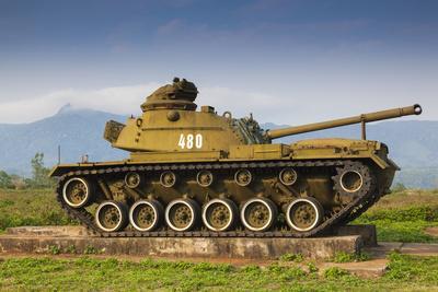 https://imgc.artprintimages.com/img/print/vietnam-dmz-area-quang-tri-province-khe-sanh-exterior-display-of-us-army-tank_u-l-q13c2vr0.jpg?p=0