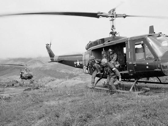 Vietnam War U S  Troops HU1 Huey Photographic Print by Rick Merron | Art com