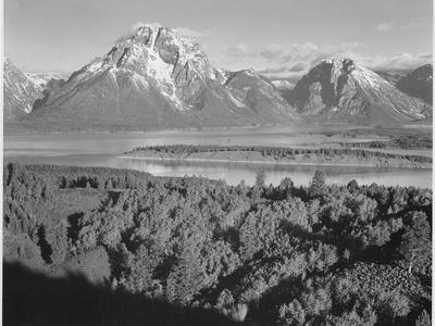 https://imgc.artprintimages.com/img/print/view-across-river-valley-toward-mount-moran-grand-teton-national-park-wyoming-1933-1942_u-l-q19qy280.jpg?p=0