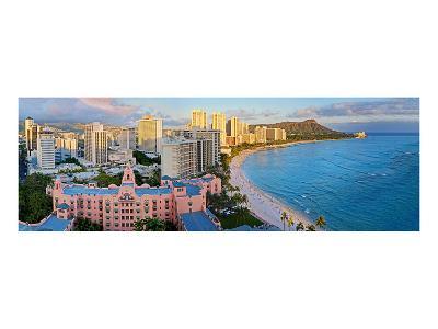 View across Waikiki Beach towards Diamond Head, Honolulu, Island of Oahu, Hawaii, USA--Art Print