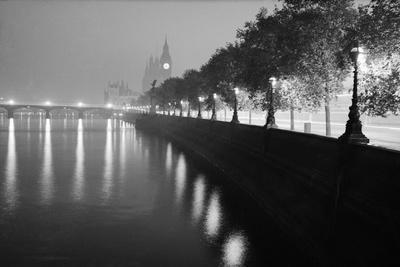 https://imgc.artprintimages.com/img/print/view-from-across-westminister-bridge_u-l-pzok2j0.jpg?p=0