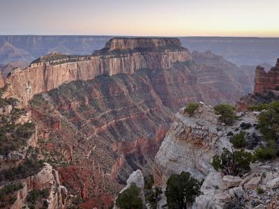 https://imgc.artprintimages.com/img/print/view-from-cape-royal-at-dusk-north-rim-grand-canyon-national-park-arizona-usa_u-l-pfohm70.jpg?p=0