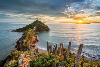 https://imgc.artprintimages.com/img/print/view-from-ponta-do-pai-vitorio-during-sunrise-in-rasa-beach-armacao-dos-buzios-rio-de-janeiro-br_u-l-q1gx2ij0.jpg?p=0