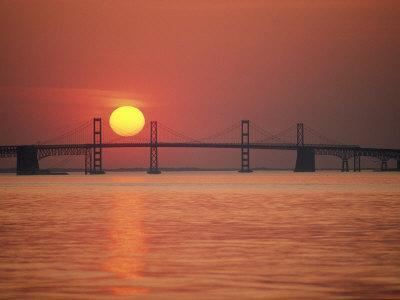 https://imgc.artprintimages.com/img/print/view-from-the-water-of-the-chesapeake-bay-bridge-and-the-setting-sun_u-l-p3rmg30.jpg?p=0