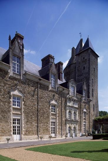 View of Chateau De La Groulais, Blain, Brittany, France, 13th-16th Century--Giclee Print