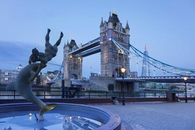 View of Fountain with Tower Bridge in the Background, Thames River, London, England