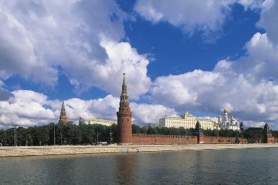 View of Kremlin (Unesco World Heritage List, 1990) and Moskva River, Moscow, Russia--Photographic Print