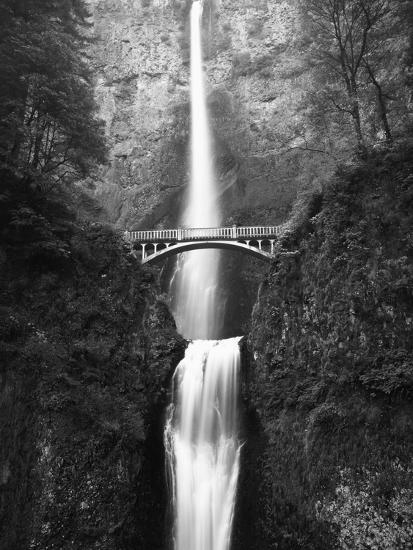 View of Multnomah Falls in Columbia Gorge, Oregon, USA-Walter Bibikow-Photographic Print