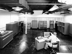 View of New IBM Type '702' Electronic Data Processing Machine, 'Giant Brain' Designed for Business