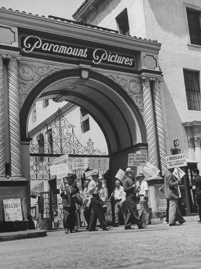 View of Picket Lines in Front of Paramount Studios During a Set Directors Strike-Martha Holmes-Photographic Print