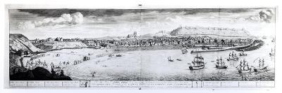 View of Scarborough, 1735 (Engraving) (B/W Photo)-English-Giclee Print