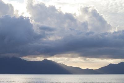 https://imgc.artprintimages.com/img/print/view-of-sunset-from-the-coast-of-bako-national-park_u-l-pwclh50.jpg?p=0