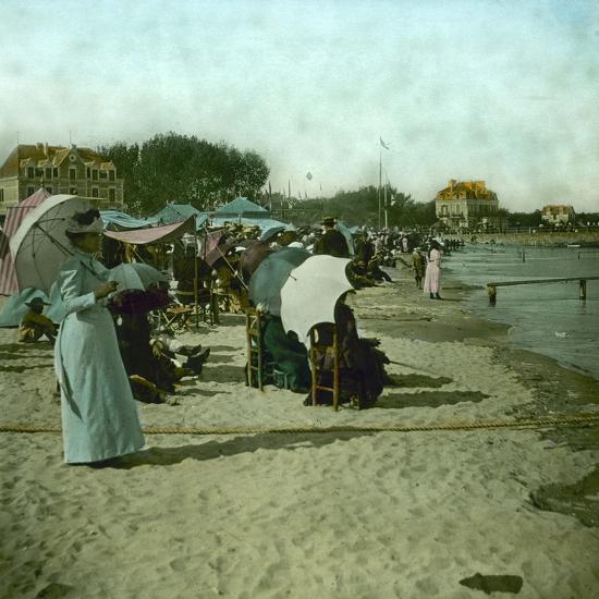 View of the Beach, Le Pouliguen (Loire-Atlantique, France), around 1900-Leon, Levy et Fils-Photographic Print