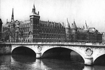 View of the Courts of Justice and the Pont Neuf from the River Seine, Paris, 1931-Ernest Flammarion-Giclee Print