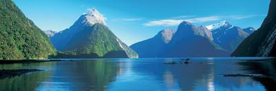 View of the Milford Sound, Fiordland National Park, South Island New Zealand, New Zealand