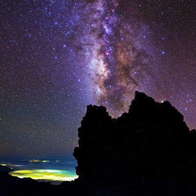 https://imgc.artprintimages.com/img/print/view-of-the-milky-way-in-the-constellation-sagittarius_u-l-pu7cp10.jpg?p=0