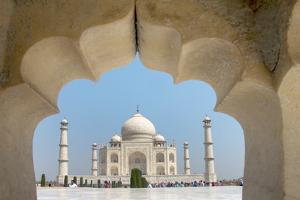 View of the Taj Mahal, Agra, Uttar Pradesh, India
