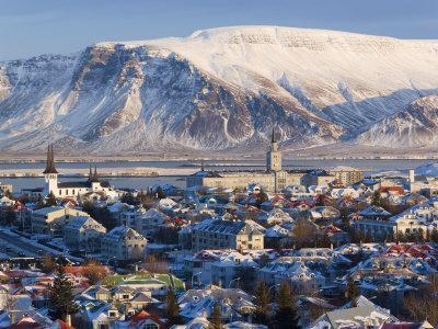 https://imgc.artprintimages.com/img/print/view-over-reykjavik-in-winter-iceland_u-l-p38ad20.jpg?p=0