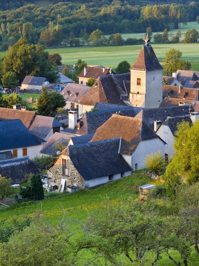 Village D'Aucun, Hautes- Pyrenees, France-Doug Pearson-Photographic Print