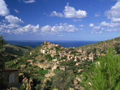 Village of Deya, Mallorca, Balearic Islands, Spain, Mediterranean, Europe--Photographic Print