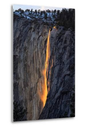 As Fire Falls, Firefall, Horsetail Falls, Yosemite National Park, Rare Light