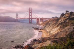 Dreamy Walk to Golden Gate by Vincent James