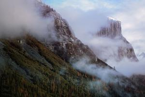 Dreamy Yosemite Valley, Tunnel View, El Capitan by Vincent James
