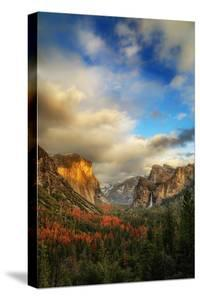 Light & Storm Clears at Tunnel View El Capitan Half Dome Yosemite National Park by Vincent James