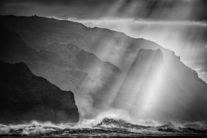 Sacred Light and Waves at the Na Pali Coast, Kauai Hawaii by Vincent James