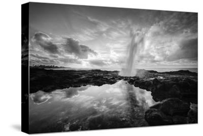 Sunrise at Spouting Horn, South Kauai