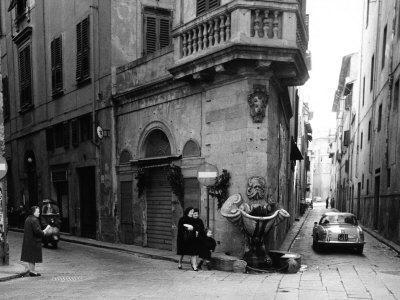 Corner of Borgo San Iacopo and Via Dello Sprone in Florence