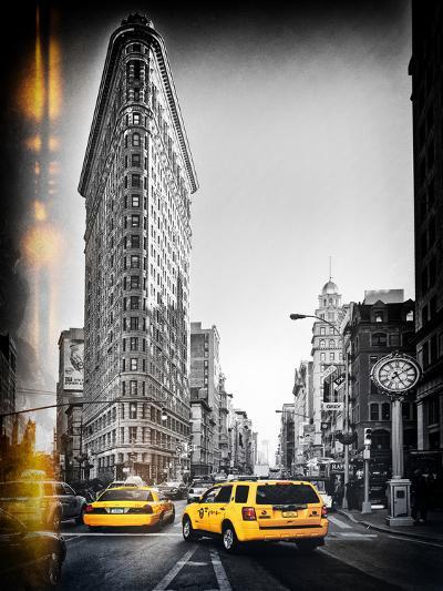 Vintage Black and White Series - Flatiron Building and Yellow Cabs - Manhattan, New York, USA-Philippe Hugonnard-Photographic Print