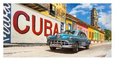 https://imgc.artprintimages.com/img/print/vintage-car-and-mural-cuba_u-l-f8wdp80.jpg?p=0