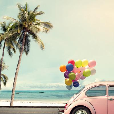 https://imgc.artprintimages.com/img/print/vintage-card-of-car-with-colorful-balloon-on-beach-blue-sky-concept-of-love-in-summer-and-wedding-h_u-l-q19yrpy0.jpg?p=0