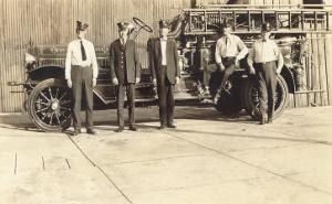 Vintage Fire Engine and Crew