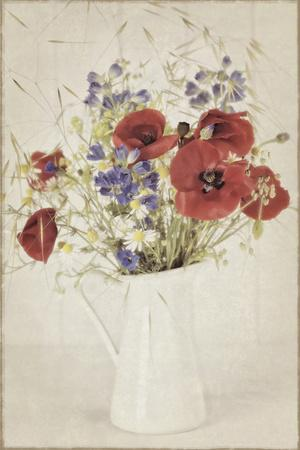 https://imgc.artprintimages.com/img/print/vintage-jug-with-wildflower-bouquet_u-l-q1a6o6s0.jpg?p=0
