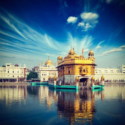 https://imgc.artprintimages.com/img/print/vintage-retro-hipster-style-travel-image-of-famous-india-attraction-sikh-gurdwara-golden-temple-ha_u-l-q103m1l0.jpg?p=0