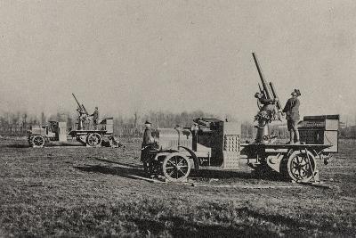 Visions of War 1915-1918: Anti-Aircraft-Vincenzo Aragozzini-Photographic Print