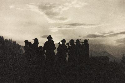 Visions of War 1915-1918: Band of Soldiers Alpine-Vincenzo Aragozzini-Photographic Print