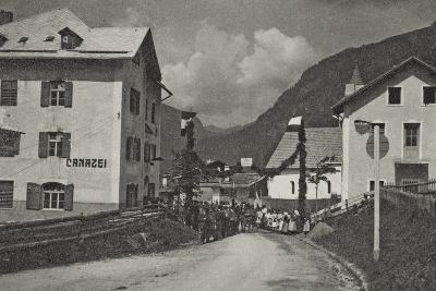 Visions of War 1915-1918: Military and Population on a Street in Canazei-Vincenzo Aragozzini-Photographic Print