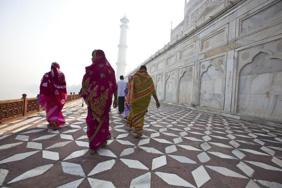 Visitors Approach a Minaret-Michael Melford-Photographic Print