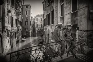 Gondolieri by Vito Guarino