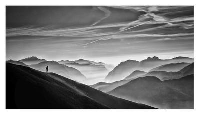 Hunter In The Fog Bw