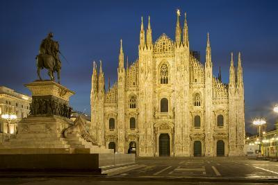 Vittorio Emanuele Statue and Cathedra, Milan, Lombardy, Italy-Brian Jannsen-Photographic Print