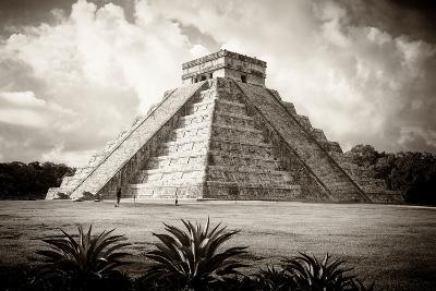 ¡Viva Mexico! B&W Collection - El Castillo Pyramid I - Chichen Itza-Philippe Hugonnard-Photographic Print